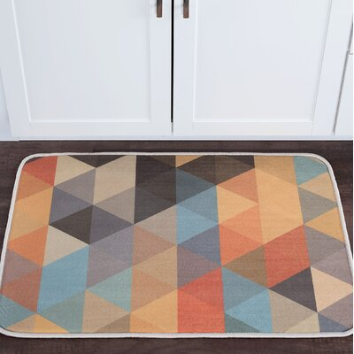 Weitzman Triangles Foam Core Bath Rug Size: 20'' x 30''