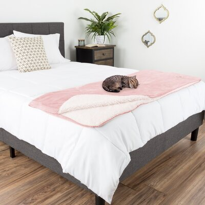 Waterproof Pet Throw Blanket Color: Pink