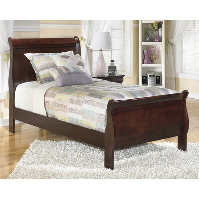 Alisdair Sleigh Bed