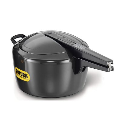 Hard Anodized Pressure Cooker Size: 7.4 Quart