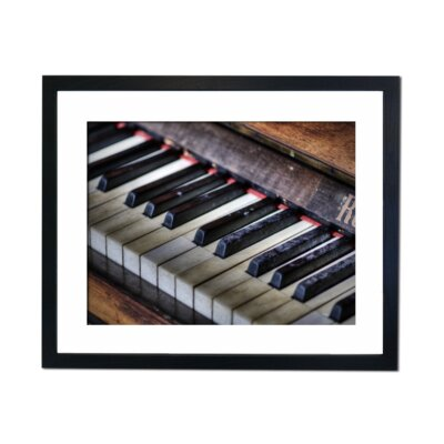 Culture Decor Vintage Piano Keys Framed Photographic Print