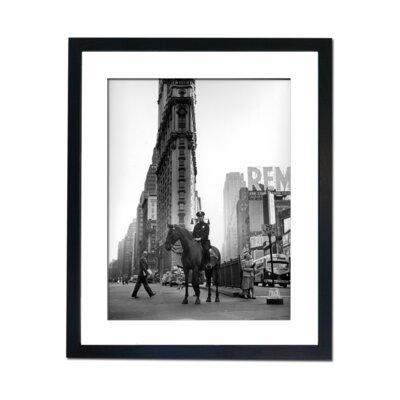 Culture Decor New York Grid Iron Framed Photographic Print