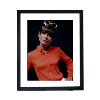 Culture Decor Audrey Hepburn - in Red Framed Photographic Print
