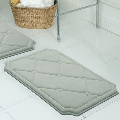 "Gertie Premium Micro Plush Memory Foam Bath Mat Color: Light Grey, Size: 24"" x 17"""