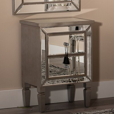 ChâteauChic In Modernico Side Table