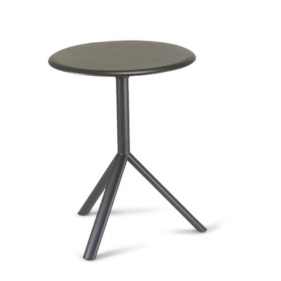 Fjørde & Co Mathias Round Table with Metal Table Top