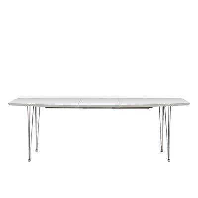 Fjørde & Co Daja Extendable Dining Table