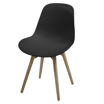 Fjørde & Co Jeoff Solid Wood Dining Chair
