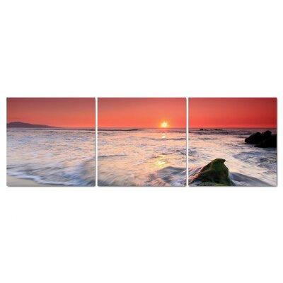 Fjørde & Co Sun Red Ocean 3-Piece Wall Art Set