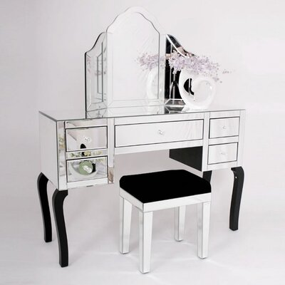 Fjørde & Co Dressing Table with Mirror