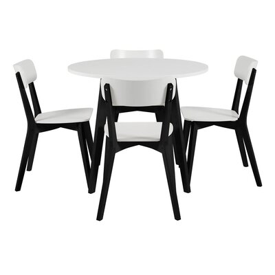 Fjørde & Co Pitt Dining Table and 4 Chairs