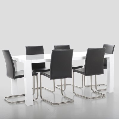 Fjørde & Co Chase Dining Table