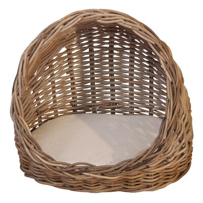 Home & Haus Cat basket with pillow