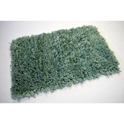 Allure Ruffle Bath Mat