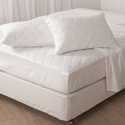"""Classique White 0.5"""" Polyester Mattress Pad Size: Full"""