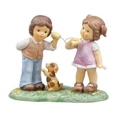 Goebel Figur Nina und Marco mit Dosentelefon-Ich kann dich gut hören
