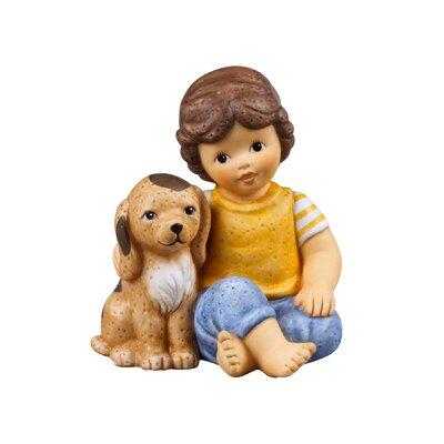 Goebel Figur Marco mit Hund-Mein liebster Freund