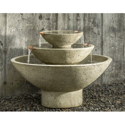 Concrete Carrera Fountain Finish: Graystone