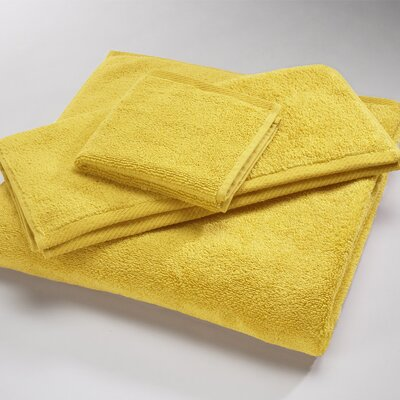 "Luxury 100% Cotton Bath Towel Size: Body Sheet Towel: 34"" x 70"", Color: Canary"