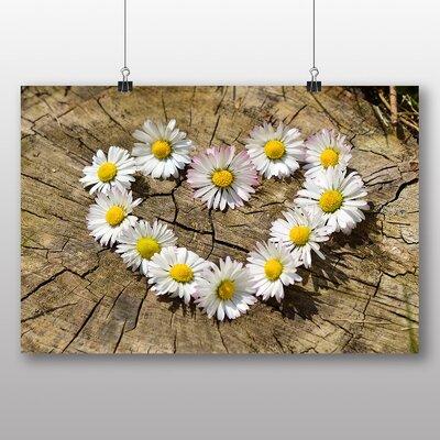 Big Box Art 'Daisy Heart Chain No.2' Photographic Print