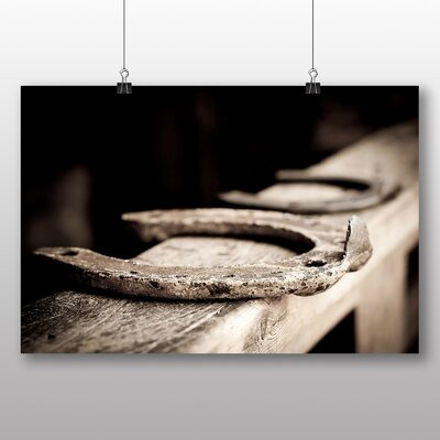 Big Box Art Horse Shoe Photographic Print on Canvas