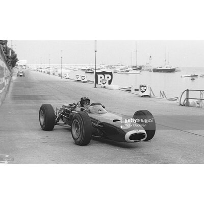 GettyImagesGallery Racing Hill by Victor Blackman Photographic Print