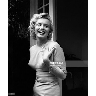 GettyImagesGallery Happy Marilyn by Evening Standard Photographic Print