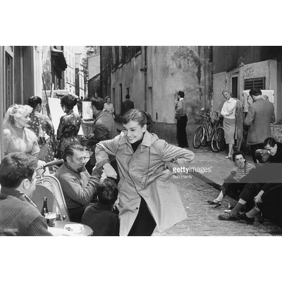 GettyImagesGallery Funny Face by Bert Hardy Photographic Print