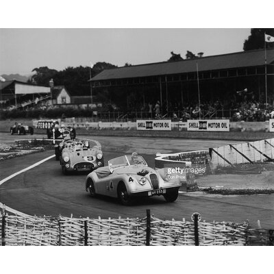 GettyImagesGallery Hollming Leads by Don Price Photographic Print