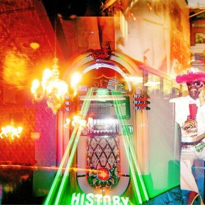 Fluorescent Palace Jack Graphic Art on Canvas