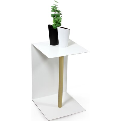 OPOSSUM design Vejtsberg Side Table