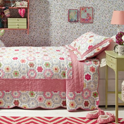 Forever England Daisy Bedspread
