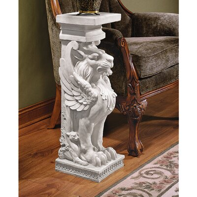 Sundorne Winged Lion Pedestal Plant Stand