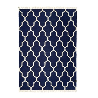 Classic Collection Hand-Woven Charcoal Area Rug