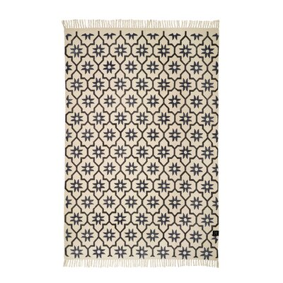 Classic Collection Hand-Woven Charcoal/Navy Area Rug