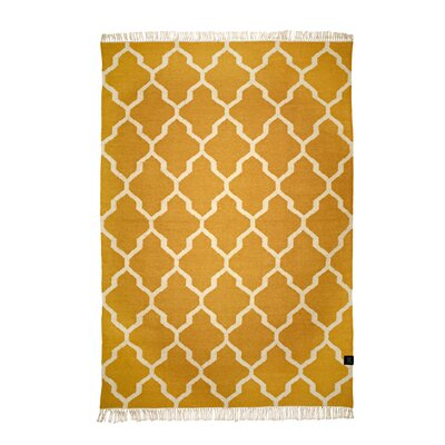 Classic Collection Hand-Woven Honey Gold Area Rug