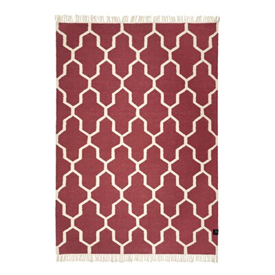 Classic Collection Hand-Woven Marsala Area Rug