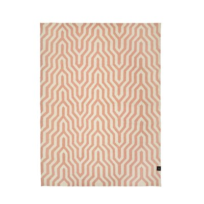Classic Collection Hand-Woven Dusty Pink Area Rug