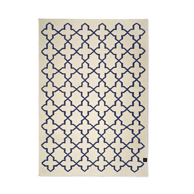 Classic Collection Hand-Woven White Area Rug