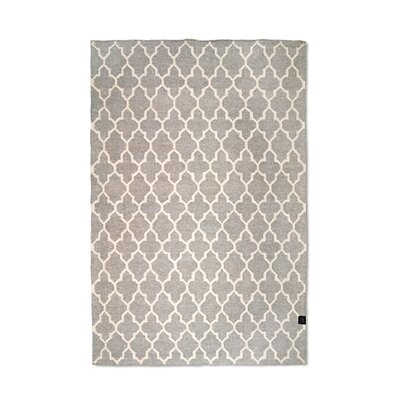 Classic Collection Trellis Hand Woven Grey Area Rug