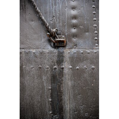 David & David Studio 'Hull Black 2' by Philippe David Photographic Print