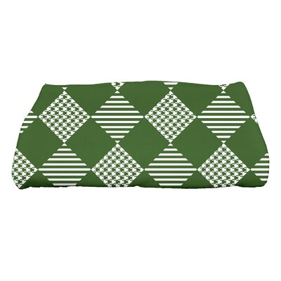 Jump for Joy Check It Twice Bath Towel Color: Green