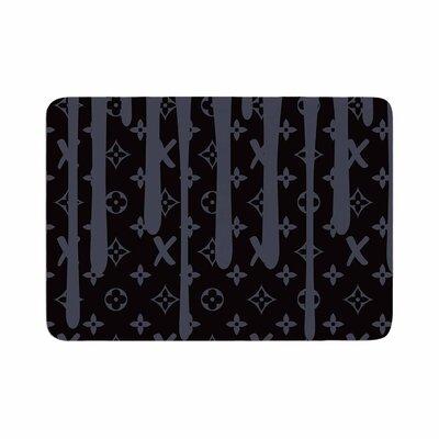 """LX Drip by Just L Memory Foam Bath Mat Color: Black, Size: 24"""" L x 17"""" W"""