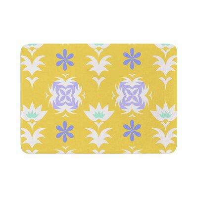 """Alison Coxon Edwardian Tile Memory Foam Bath Rug Color: Yellow, Size: 0.5"""" H x 24"""" W x 36"""" D"""