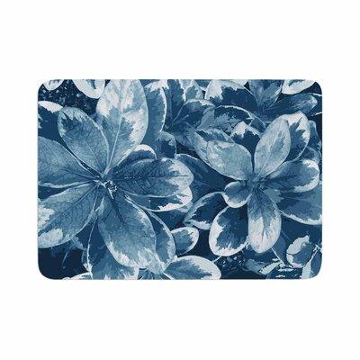 """Julia Grifol Leaves Floral Memory Foam Bath Rug Size: 0.5"""" H x 24"""" W x 36"""" D, Color: Blue"""