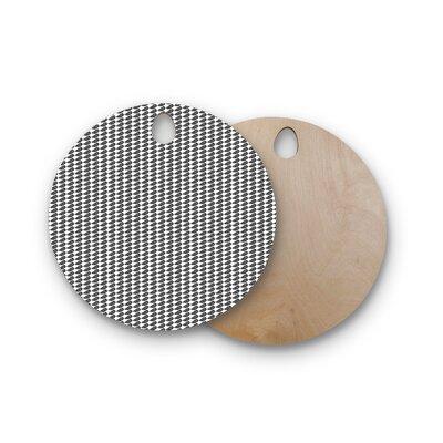 Petit Griffin Birchwood Froet Cutting Board Shape: Round