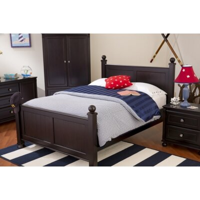 Jacob Panel Bed with Trundle Color: White, Size: Twin