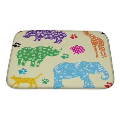 Animals Animals with Bath Rug Size: Small