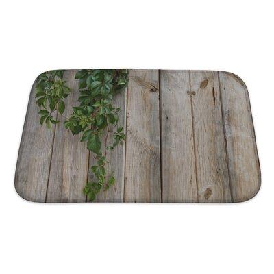 Wood Wall Leaves Bath Rug Size: Small