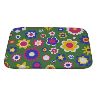 Beta Multicolored Funky Flowers Abstract Pattern Bath Rug Size: Large, Color: Green